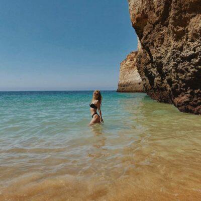 Na jednej z pláží pri Benagil
