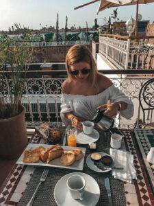 Opäť raňajky v riáde