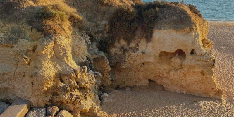 Pláž v Albufeire