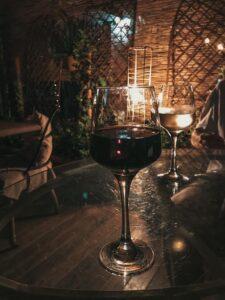Polosladké červené víno